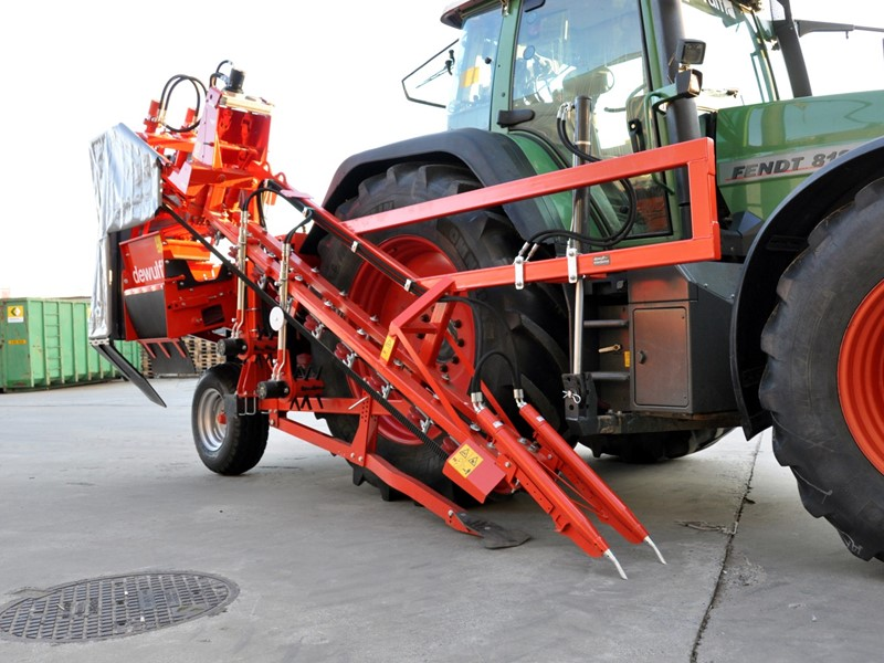 Mounted 1-row top lifting harvester with bunker