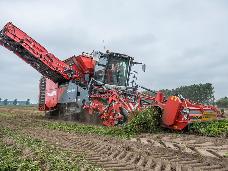 Dewulf to present new options for RA3060, Kwatro and MH series during Potato Europe 2019